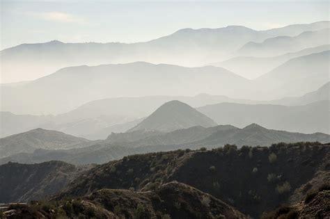 photo landscape scenic misty mountains