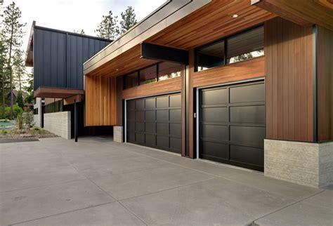 cocheras modernas 10 puertas de garajes especialmente para casas modernas