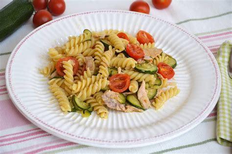 ricette per cucinare il tonno 187 pasta con zucchine e tonno ricetta pasta con zucchine