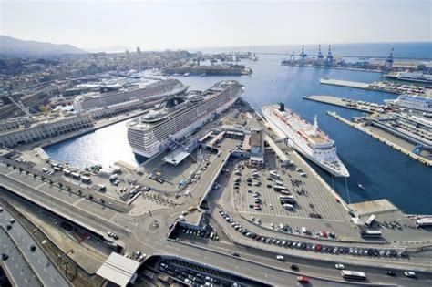 foto porto di genova porto di genova crociere da genova