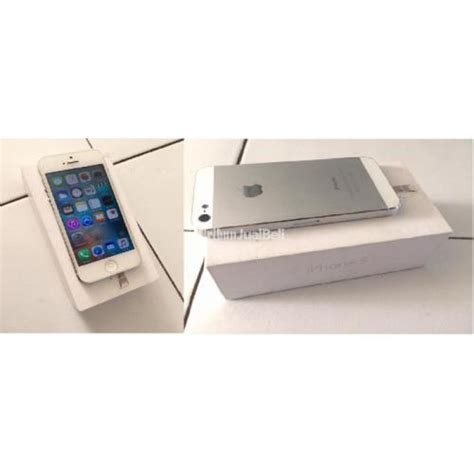 Hp Iphone 5 16 Gb Bekas handphone iphone 5 16 gb white bekas semua normal