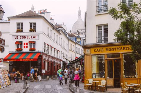 get free nights at this stunning apartment in montmartre