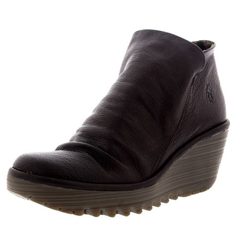 fly yip mousse wedges casual winter pull on