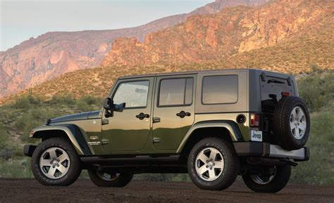 2009 Jeep Wrangler Unlimited Car And Driver