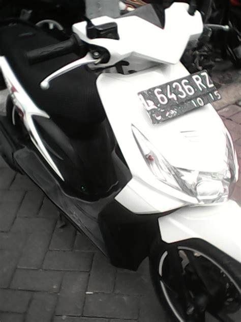Jual Honda Beat 2010 Putih Terawat beat putih 2010 enak jual motor honda beat surabaya