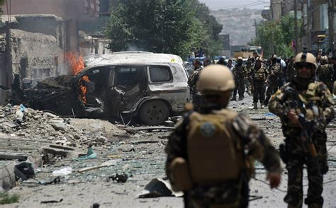 news afghanistan nato convoy in kabul afghanistan hit by bomb