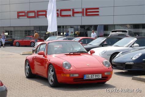 Porsche Zentren by Porsche