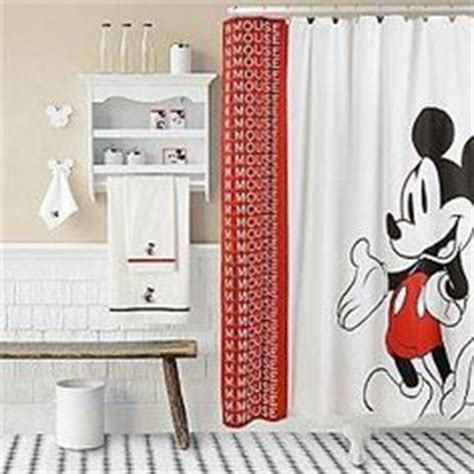 everything mickey mouse on mickey mouse shower