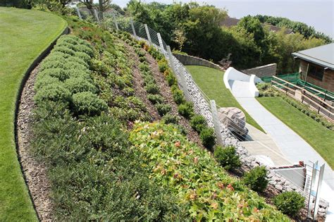 anlegen garten coastal hillside garden outerspace