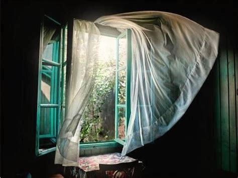 out through the curtain slaaptips voor zomerse nachten yumeko bedgeheimen blog