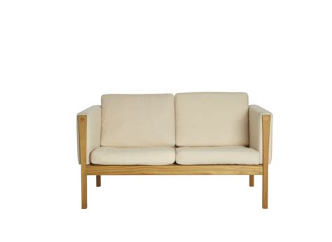 settees for small spaces best settee furniture contemporary settees elle decor