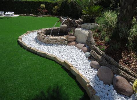 giardini con ciottoli bianchi ciottoli di fiume colore bianco carrara in marmo in