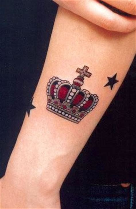 traditional crown tattoo crown tattoos traditional tattoos