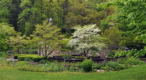 Fernwood Botanical Garden by Fernwood Botanical Garden Usa Gardens Parks Squares
