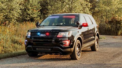 Ford Interceptor Top Speed by Ford Interceptor Utility Gets New Rear Spoiler