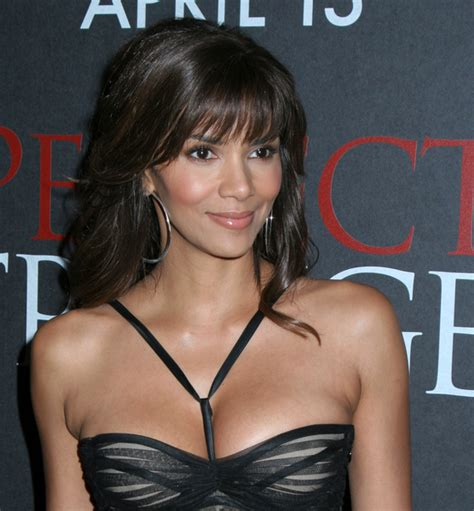 Revealed The Picture That Sparked Halle Berrys Anti Semitic Controversy by New Halle Berry Reveals Baby S Name