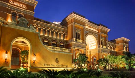 best four seasons hotel in the world four seasons hotels top hotels in the world