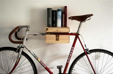 fahrrad wandhalterung holz fahrrad wandhalterung copenhagen hochwertige holz st 228 be