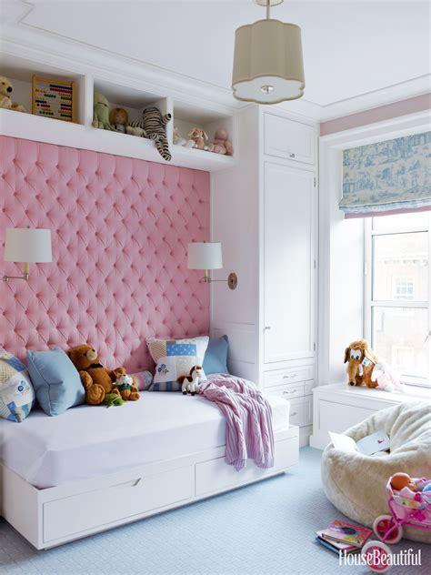 manhattan apartment   afraid  color
