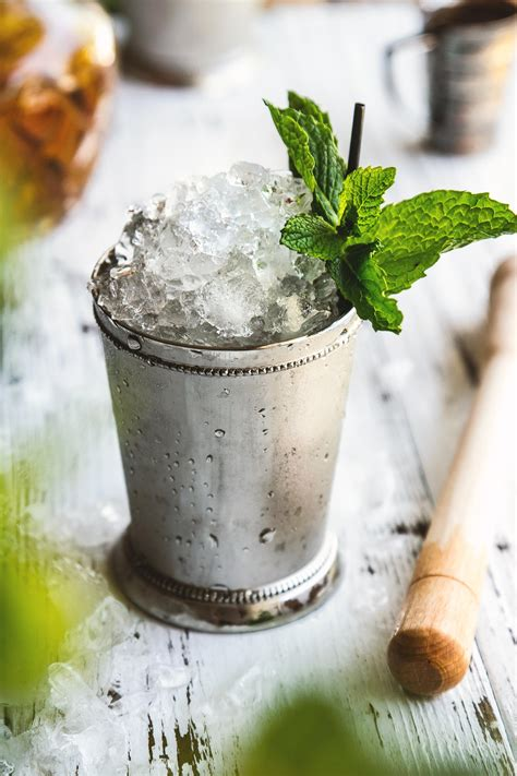 mint julep cocktail mint julep honestlyyum