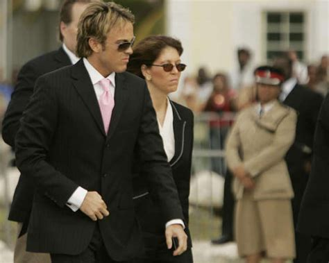 Debra Opris Bill To Larry Birkhead by The Funeral Of Smith Houston Chronicle