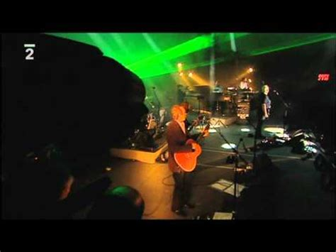 comfortably numb orchestra comfortably numb gilmour with an orchestra youtube