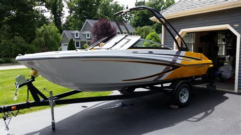 glastron electric boat 2014 glastron 18 power boat for sale in cornwall ny