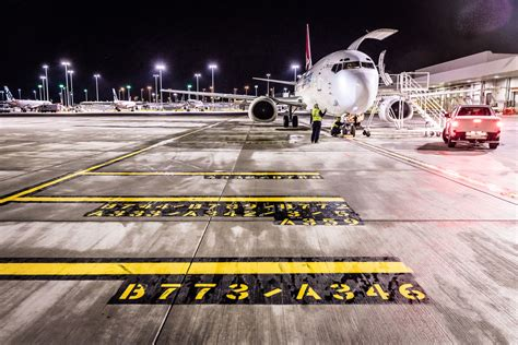 air freight and cargo services qantas freight
