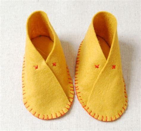 Sandal Motif Flanel the cutest diy felt baby shoes kidsomania