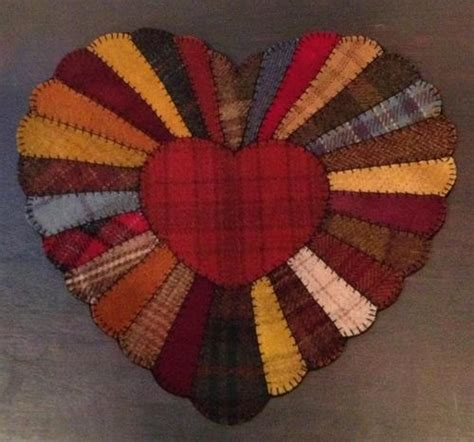 heart pattern rugs 81 best ideas about wool projects hearts on pinterest