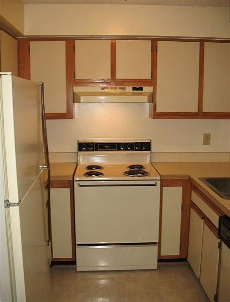 how to update laminate kitchen cabinets 17 best ideas about laminate cabinet makeover on pinterest