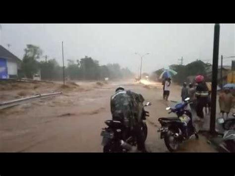 detik jatim detik detik banjir bandang pasuruan jawa timur youtube