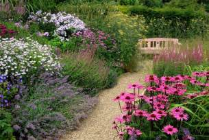 Cottage Garden Layout The Cottage Garden Practice And Its Usefulness To Our Time Decorifusta