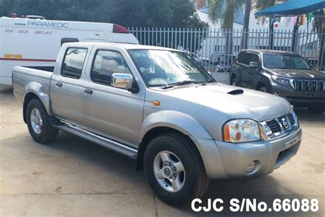nissan navara 2004 used nissan navara 2004 in silver colour for sale in
