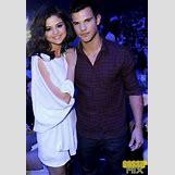 Selena Gomez And Taylor Lautner Kissing   346 x 498 png 240kB