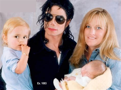 paris jackson mother paris jackson a rock for cancer stricken mom debbie rowe