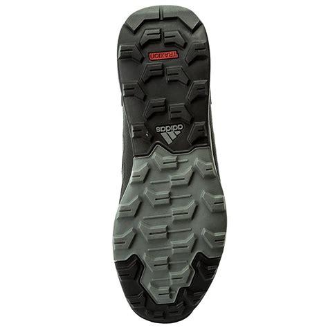 Sport Shoes Adidas Cewek Mn shoes adidas terrex tivid mid cp s80935 cblack cblack grefou trekker boots sports shoes