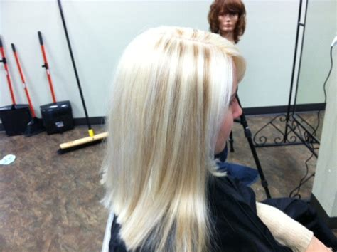 how to low light bleached hair at home ead aed platinum blonde hair lowlights medium hair
