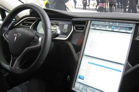 Tesla Interior Pictures Detroit 2014 Tesla Of Confidence Announces Fourth