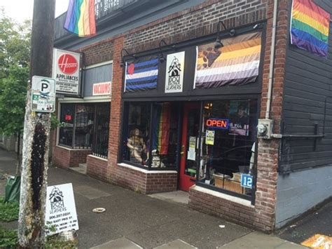 the dog house seattle bootblack skillshare bootblack history at doghouse leathers in seattle wa on thu