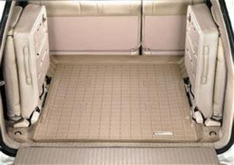 amazon com 1998 2007 toyota land cruiser tan weathertech cargo liner for vehicles with 3rd row