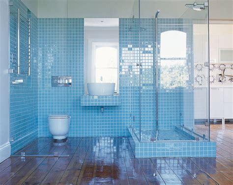 blue tiles bathroom ideas licht blauwe badkamer met veel glas interieur inrichting
