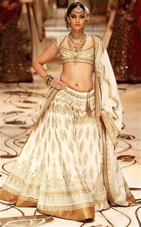 celebrity style dresses india look like a diva in these 27 dazzling indian wedding dresses