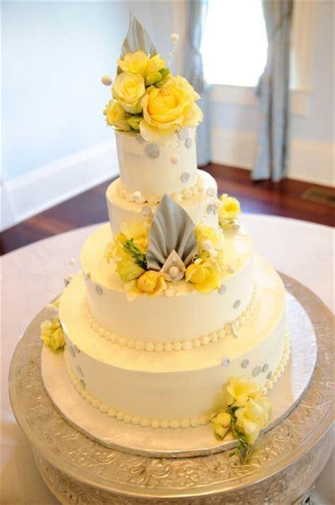yellow and silver wedding cakes yellow wedding cakes wedding cakes photos by dodson