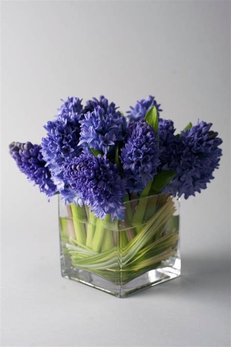 simple flower arrangements pin by kathy laws on floral design my job pinterest