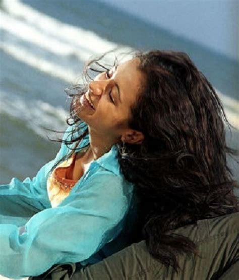 ayutha ezhuthu trisha krishnan list biography filmography
