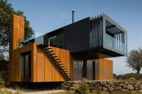 architects homes don t believe the hype about shipping containers say