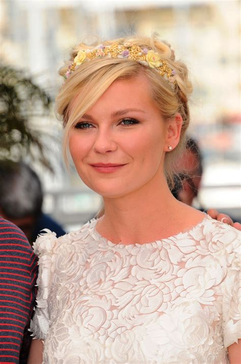 Kirsten Stands Up To Blondie Fans by Kirsten Dunst Rocks A Gorgeous Girly Hairstyle At Cannes