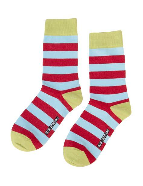 socks same footwear
