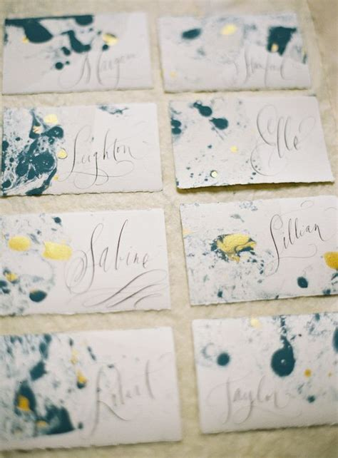 Make Marbled Paper - make these pretty diy marbled place cards for your next